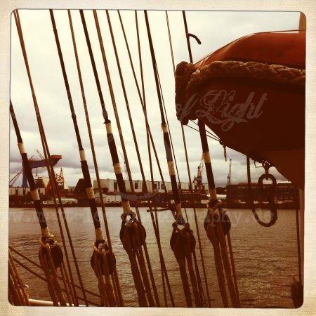 Schiffsmast Leinen