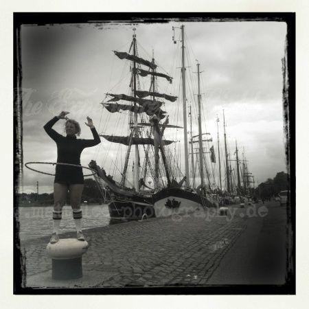 HulaHoop am Hafen