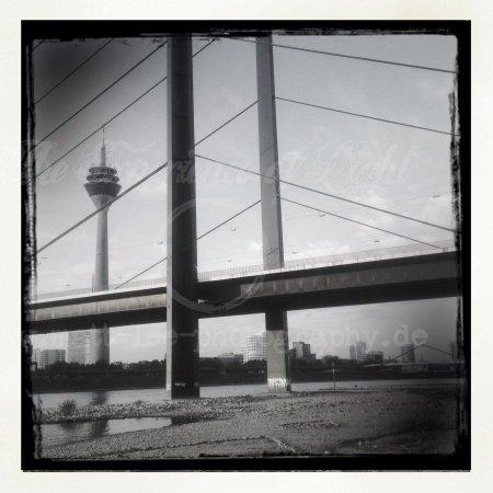 Die Brücke am Rhein